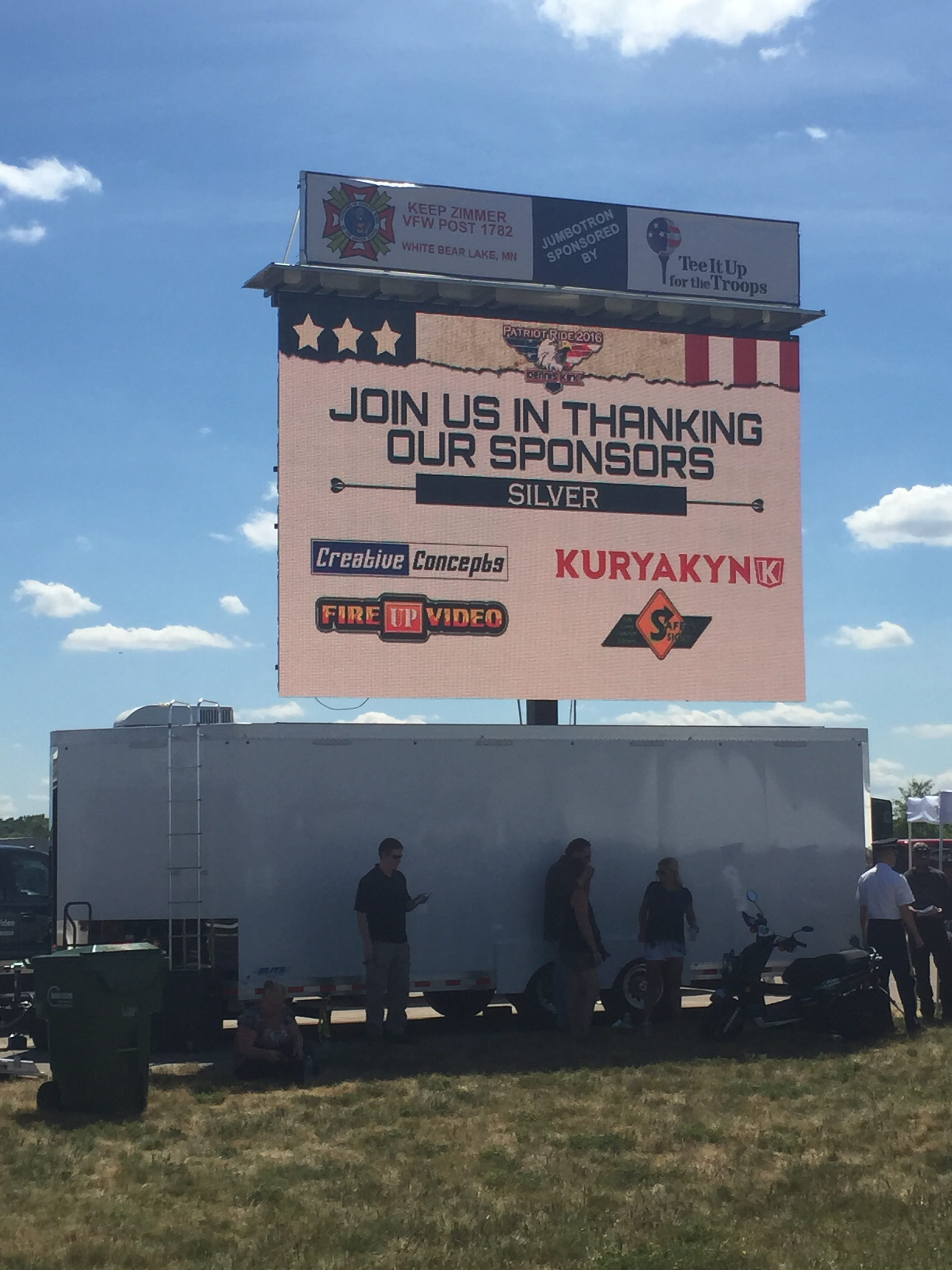 led mobile video wall jumbotron big screen rental for outdoor events