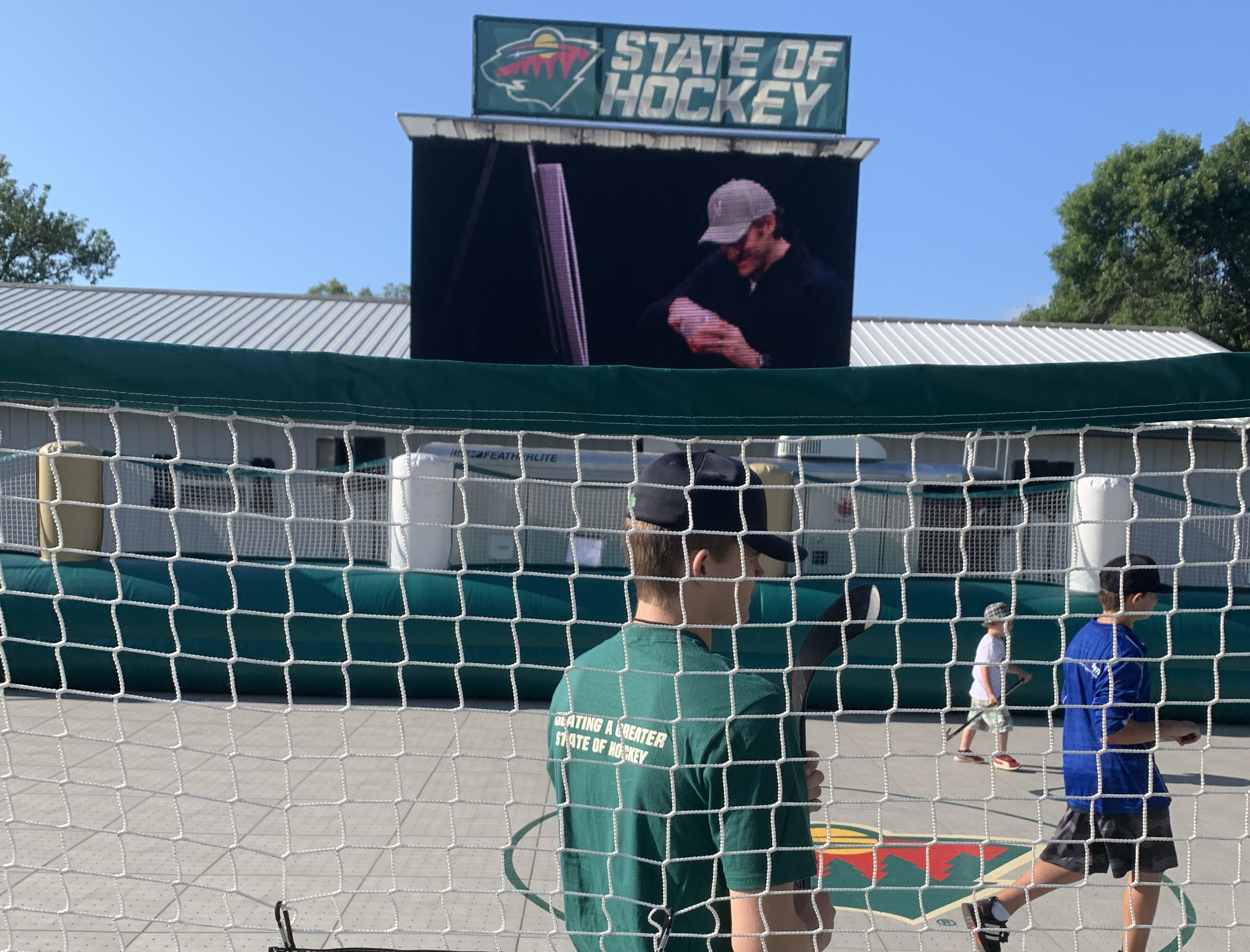 mobile led big screen video wall jumbotron for outdoor rental for events mn wild mn state fair