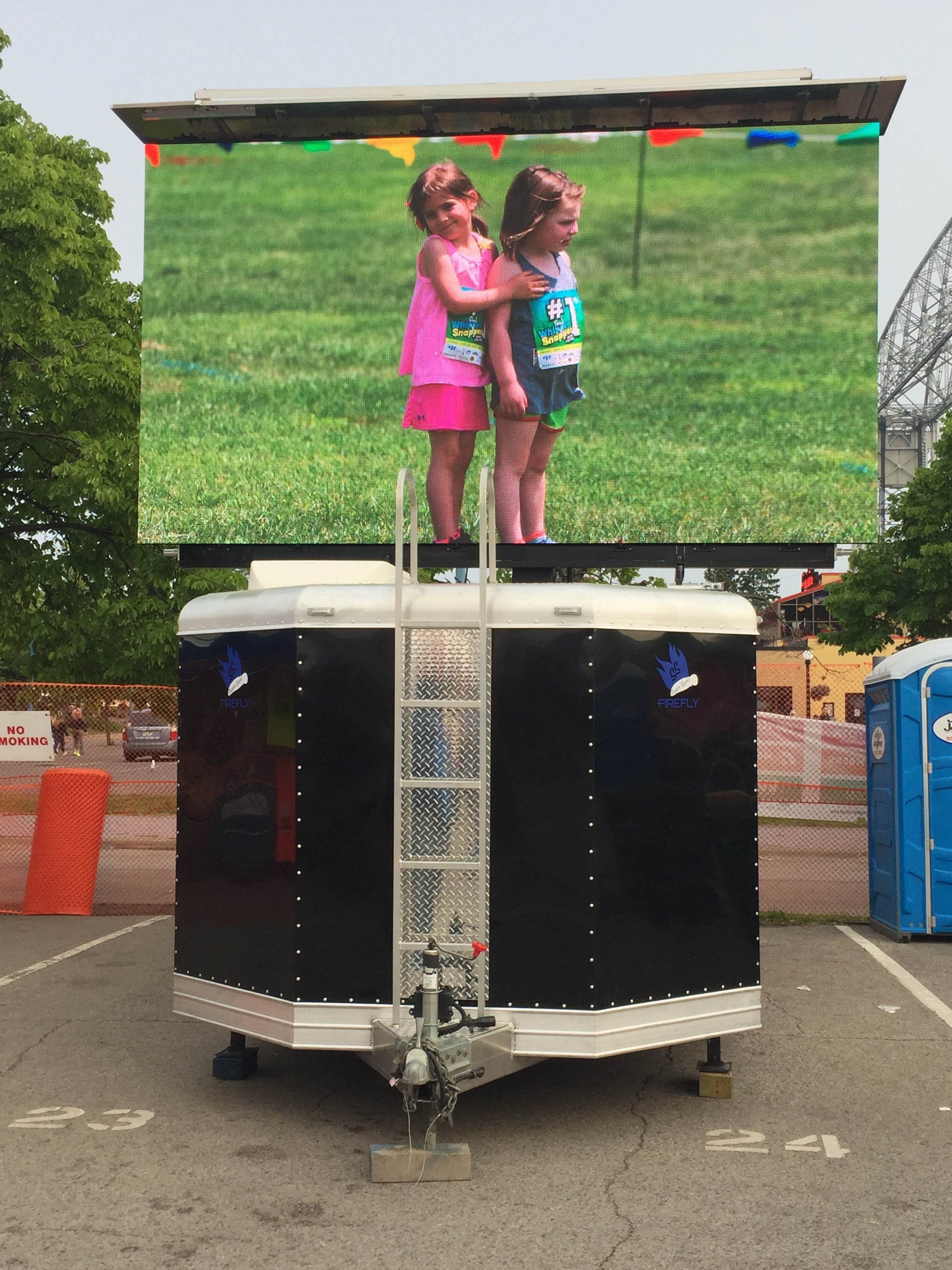 mobile led jumbotron firefly ss big screen tv for rent at outdoor events