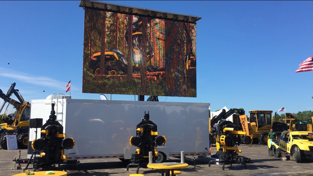 mobile big screen tv screen for outdoor event rental