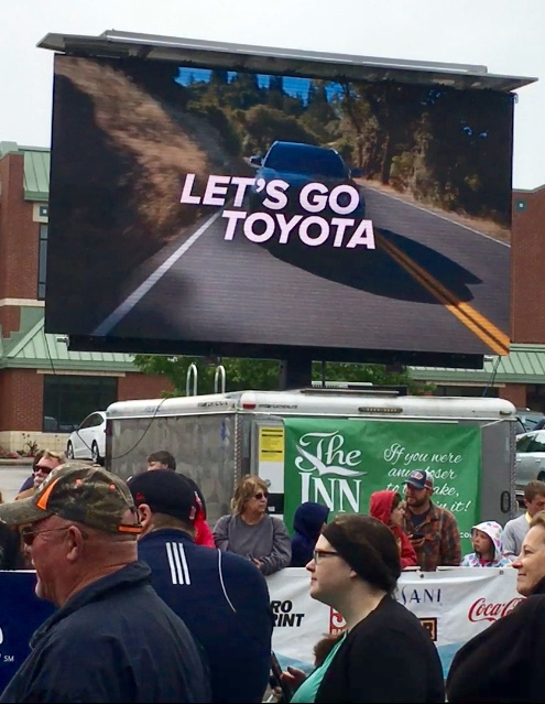 mobile led video wall jumbotron big screen for event rental