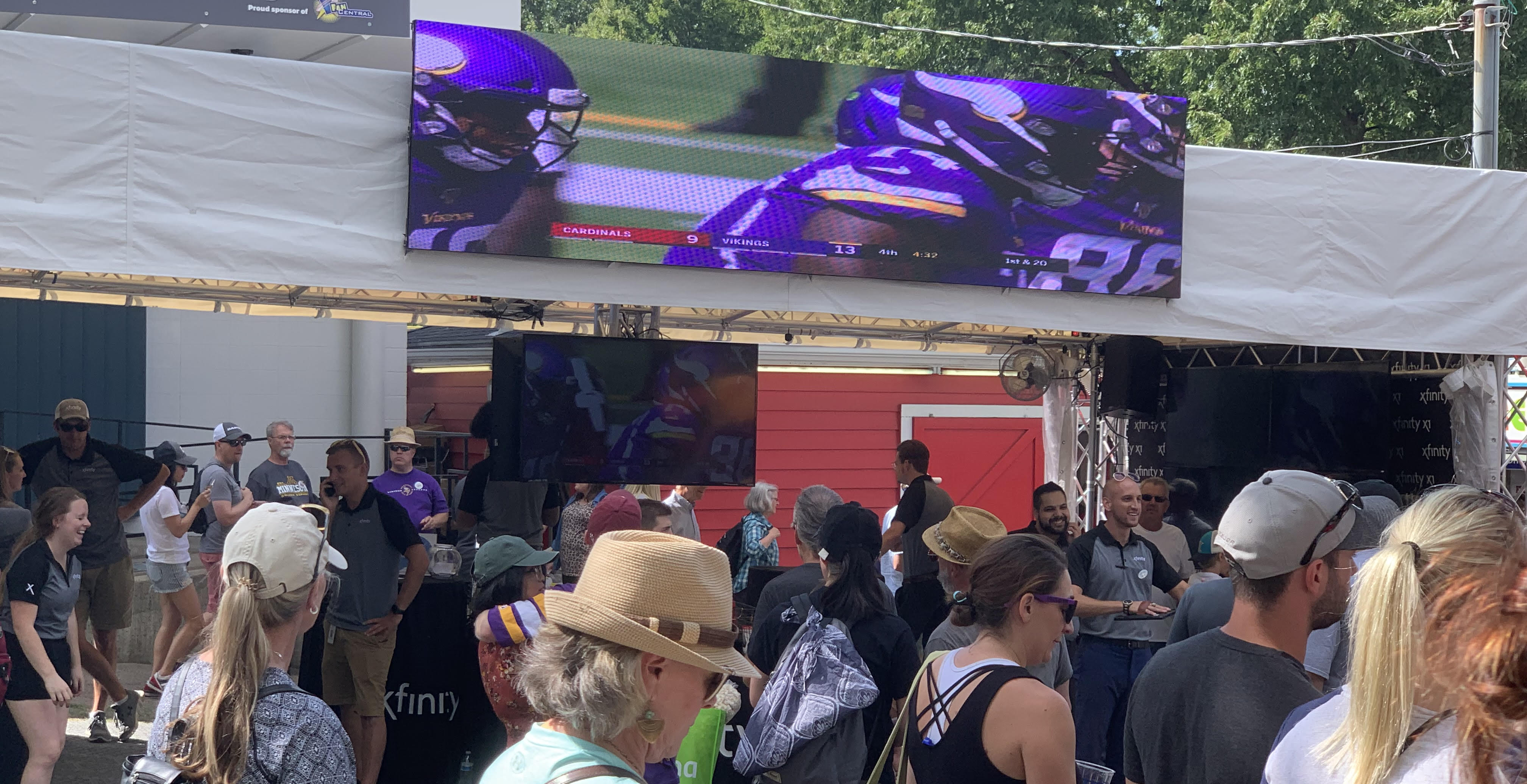 led jumbotron big screen tv rental for outoor events at mn state fair